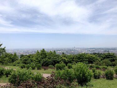 68 都市と自然の風景