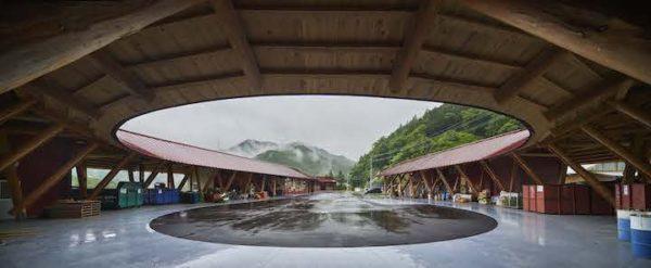上勝町ゼロ・ウェイストセンターWHY(設計:中村拓志&NAP建築設計事務所、撮影:Koji+Fujii++TOREAL)